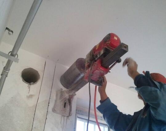 临安区空调打孔,临安区空调打孔公司